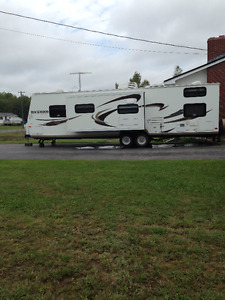 2013 Rockwood Travel Trailer for Sale