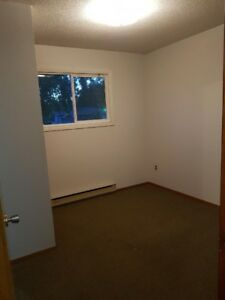 2 Bedroom Apartment in Brandon Across From Shoppers Mall