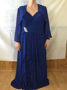 Beautiful royal blue gown, size 22-24