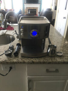 Expresso Machine (Morphy Richards)