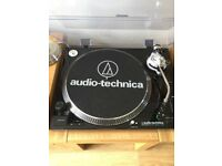 Audio Technica AT-LP120-USBHC Black Turntable / Vinyl Record Player