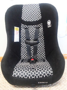 Cosco Car Seat in Perfect Condition
