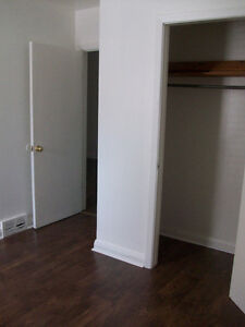 It's Going To Rent Quickly! Trent Student 3Bdrm Apt 1Bdrm Avail. Peterborough Peterborough Area image 7