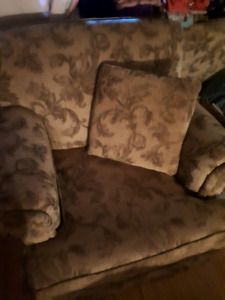 Couch, 2 arm chairs, and ottoman for sale