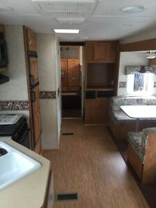 2003 Sprinter by Keystone 303BHS