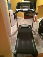 TREADMILL HORIZON $470