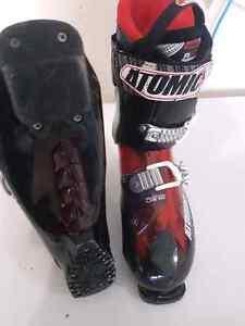 Atomic ski boots 250OBO!!!