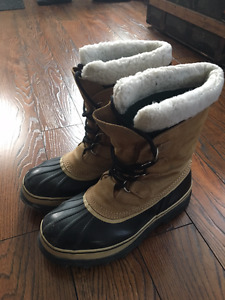 Men's Gently Used Sorel Caribou Winter Boots