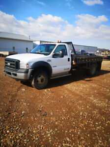 2007 Ford F450 Flatbed Truck