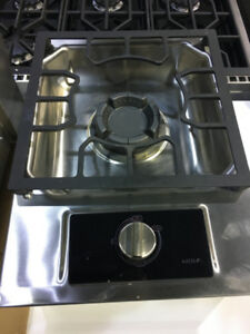 "Wolf 15"" single burner cook top PRICE $599"