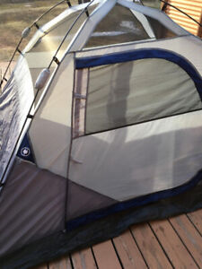 camping tent for 4 person in good condition asking $60 OBO