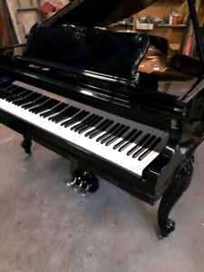 Piano Baby Grand , Howard ,  by Baldwin , Excellent Condition