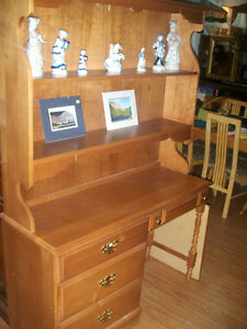 DESK WITH BOOKCASE TOP