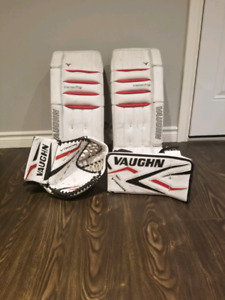 Vaughn V5 pads with Vaughn Epic Glove and blocker.  Free skates