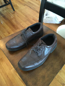 Mens leather uppers.