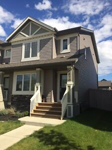 !! PRICE REDUCED ON THIS BEAUTIFUL SOUTH SIDE RENTAL!!
