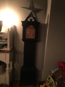BLACK LARGE FARMHOUSE STYLE CLOCK $100