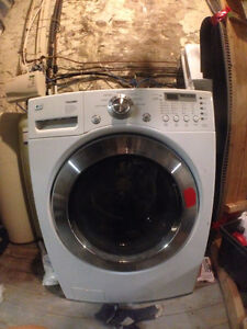 Clothes Washer for Sale
