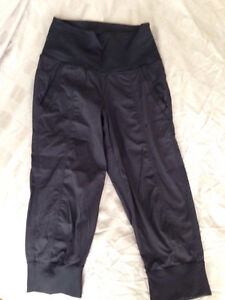 Lululemon In Flux Crop sz4