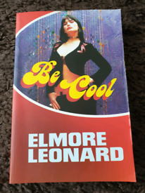 ** REDUCED ** Elmore Leonard bundle of books (2)