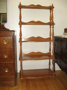Wood Colonial Bookcase / Shelving Unit (1960's)