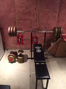 Work out bench and weights Kitchener / Waterloo Kitchener Area image 1