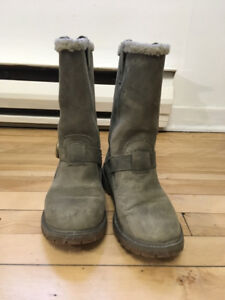 Winter boots for woman in excellent condition