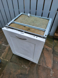 Integrated Ignis dishwasher FREE for parts/repair