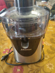 NEW Juiceman JM8000S Juicer