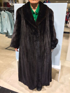 MANTEAU VISON.  MINK FUR COAT [I DO NOT SHIP]