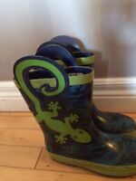 Kids rubber boots size 12