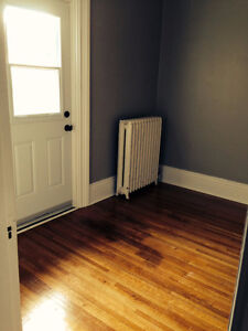 Bright-Large 2 Bedroom for DECEMBER 1st 2016 Peterborough Peterborough Area image 8