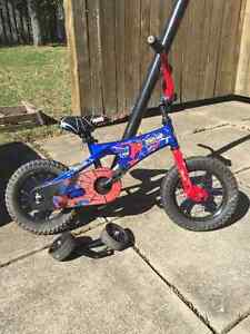 "12"" Spider-Man bicycle with training wheels"