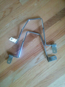 """Selling luggage racks for a friend. $20 firm. 13.75"""" or 35 cm"""