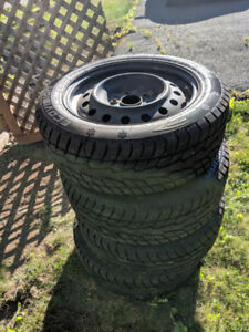 Winter tires x 4, on rims, size 205/55R16