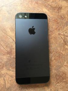 Iphone 5 - 16G - Noir - Accessoires Apple neufs inclus !