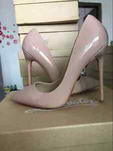 US11 Christian Louboutin So Kate Style Nude 120mm