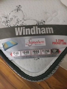 (Sold) Windham double/twin bed with box frame (almost new)