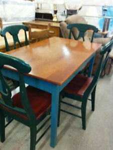 WOOD TABLE  4 CHAIRS