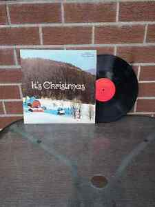 """vintage LP 33 1/3 Its """"Christmas"""" With Jacket"""