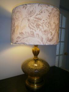 Lampe de table laiton et verre texturé gris vintage