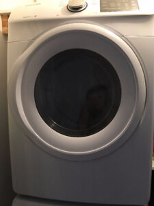 Samsung Front-Loading Washer and Dryer - DRYER NEW, WASHER MINT!