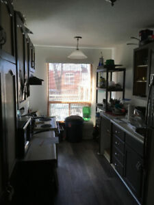 Rooms for rent in townhouse next to Fleming College in Lindsay