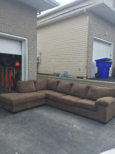Sofa sectionnel 650$