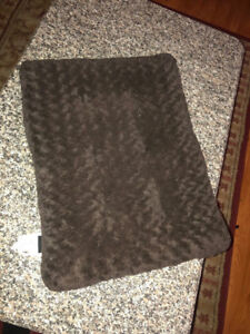 Selling A Dog/Cat Bed