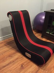 2 Bluetooth gaming chairs x-rocker Peterborough Peterborough Area image 1