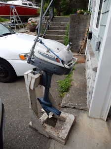 1956 Evenrude Lightwin 2 hp outboard - Classic!