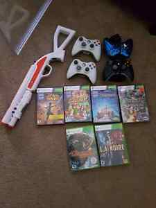 R2-D2 xbox 360 4 controllers with games,kinect,& charge station  Strathcona County Edmonton Area image 2