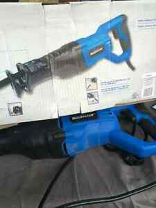 Electrical Hand SAW used once