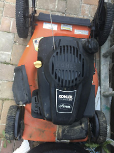 Ariens lawnmower with Kohlers Courage XT-7  engine